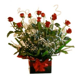 Dozen Fresh Red Roses in a Box